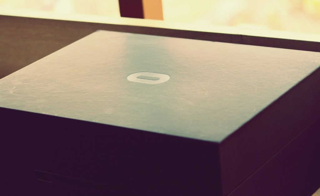 oculus rift consumer version box