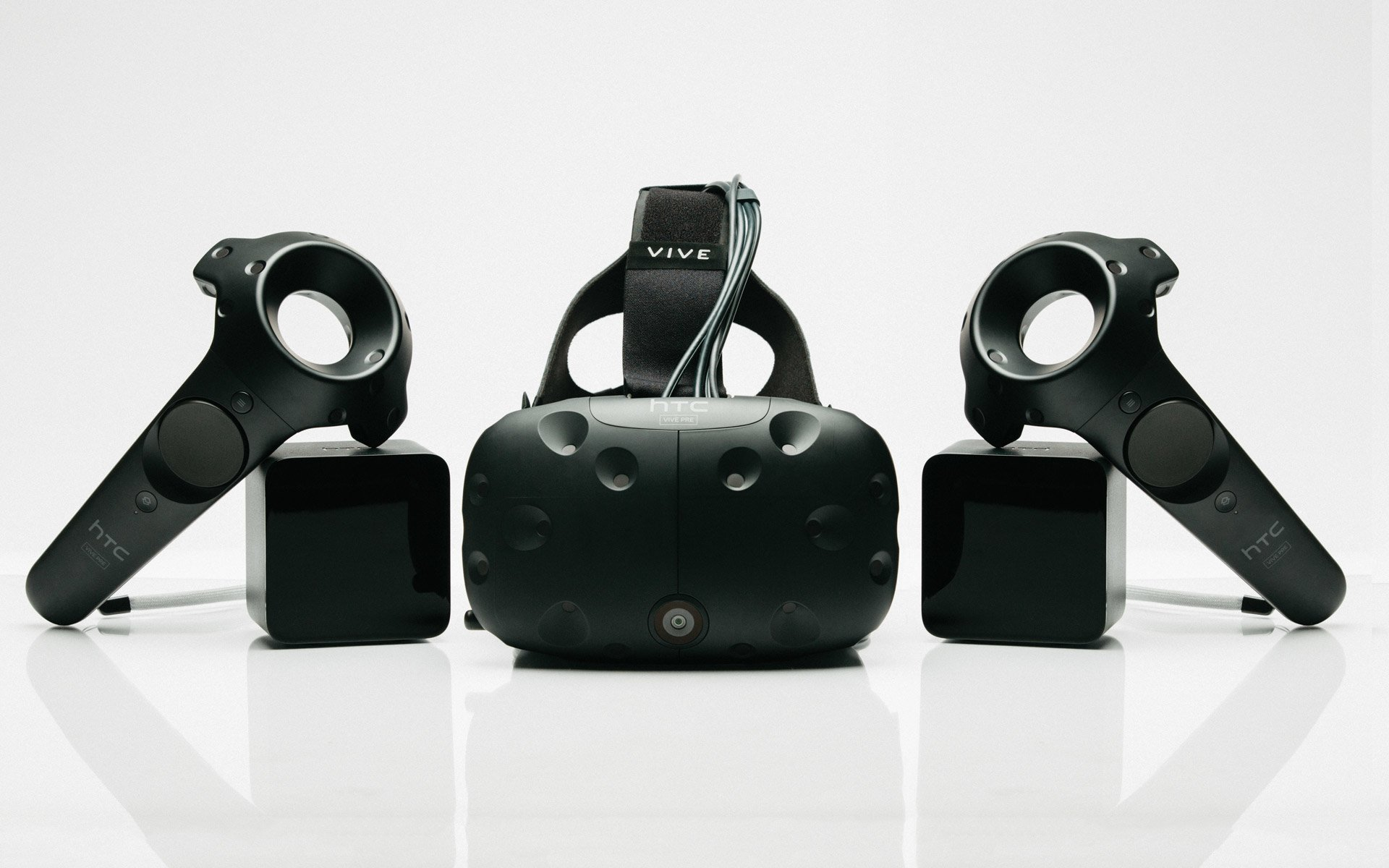 htc vive for experiencing virtual reality